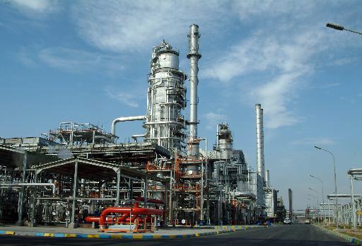 Image-06-(Abadan-Oil-Refinery-01)